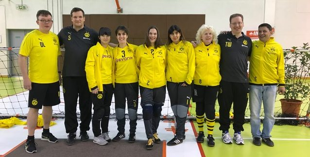 BVB-Damen und Trainerteam beim Damenturnier in Nizza (November 2018)
